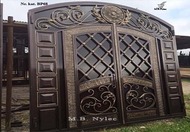 ekskluzywna brama wjazdowa w kształcie drzwi bp68